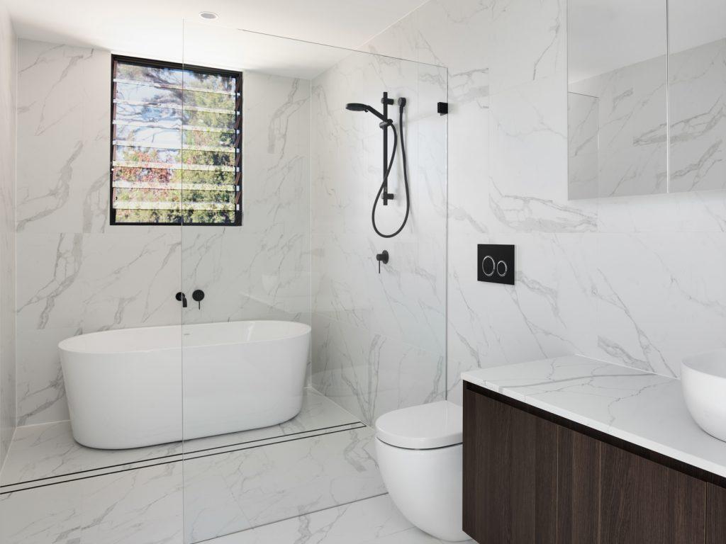 couvaras architects townhouse internal bathroom
